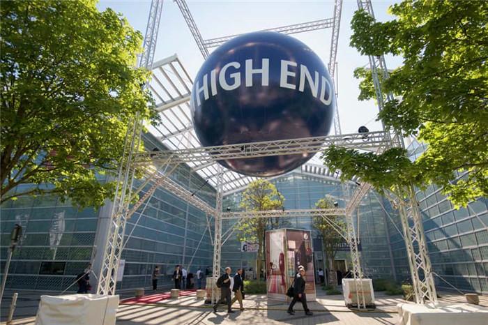 High_end_munich_2018_balloon_news_march_ol.jpg